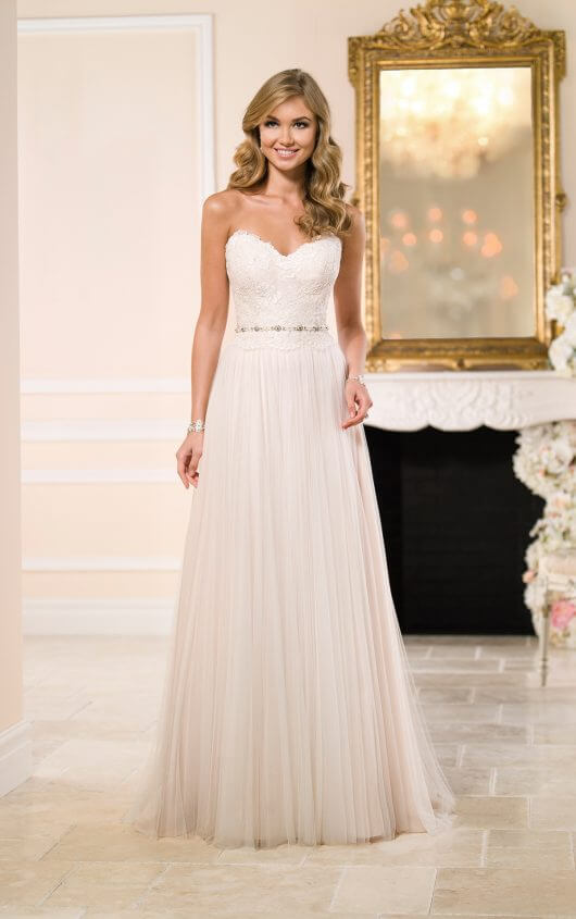 Wedding dress 6025 Stella York