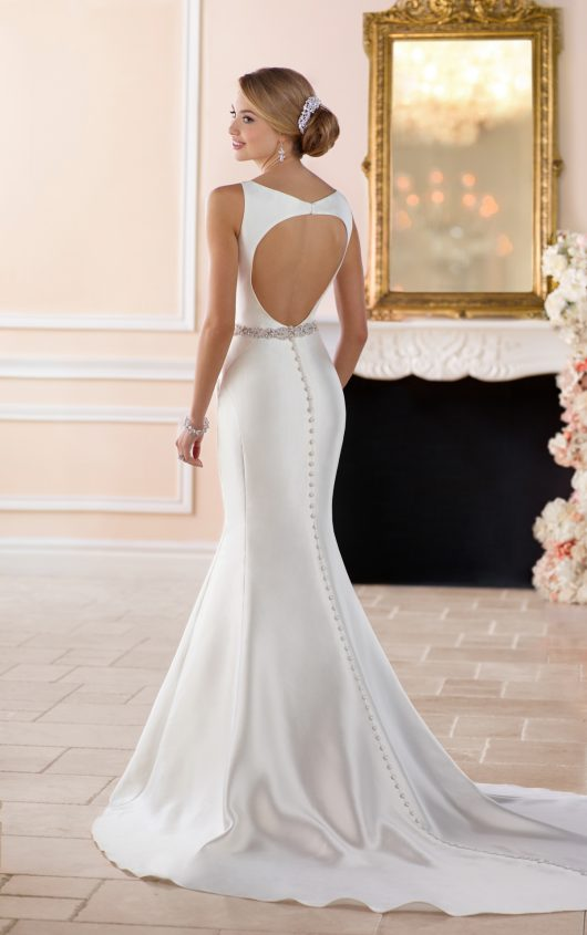 6386 in ivory from Stella York