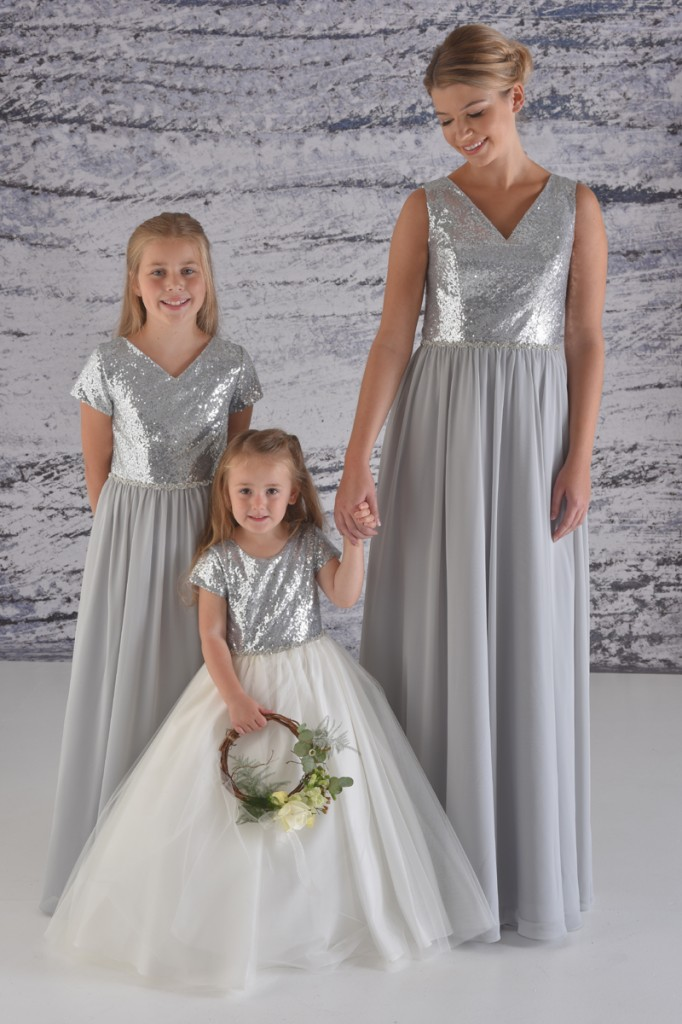 2285 shown in Silver and Oyster Grey